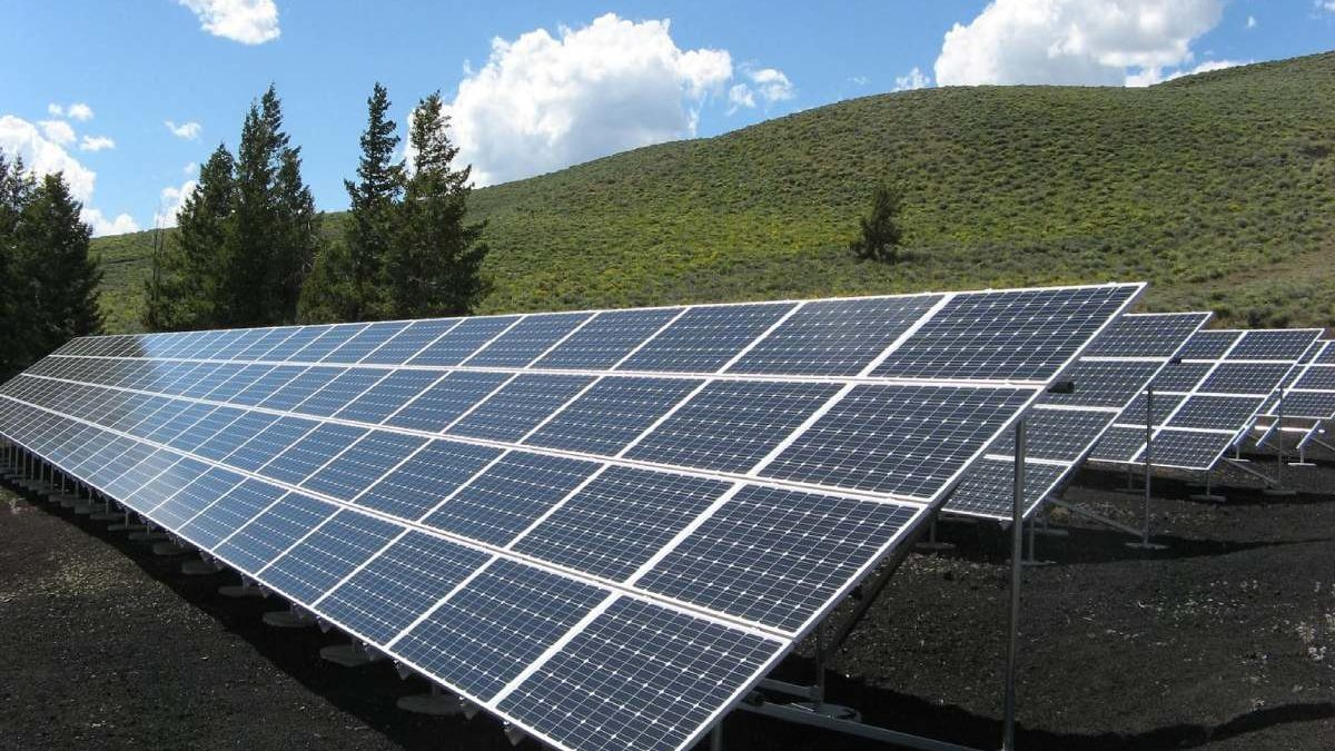 Standard Solar Facts and Information
