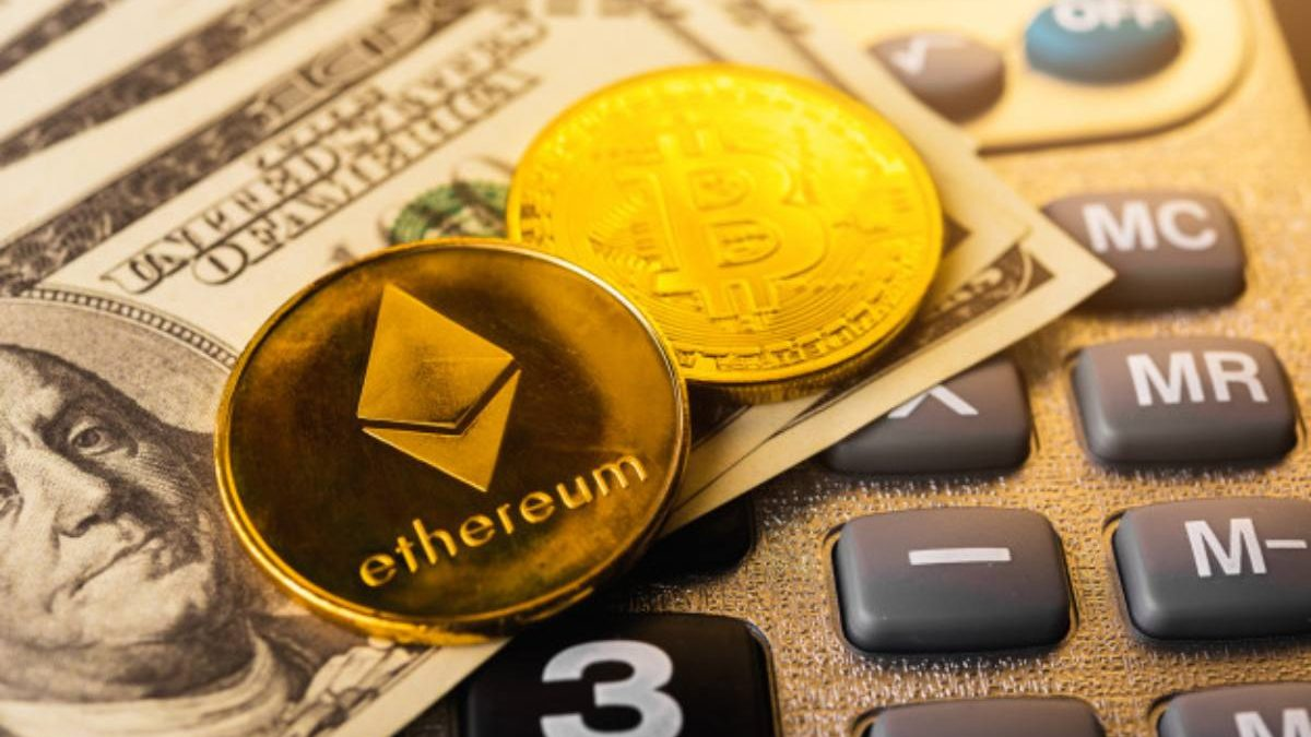 Which Crypto Is a Better Investment: Ethereum or Bitcoin?