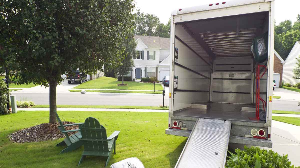 Tips on Renting a Moving Truck in 2021